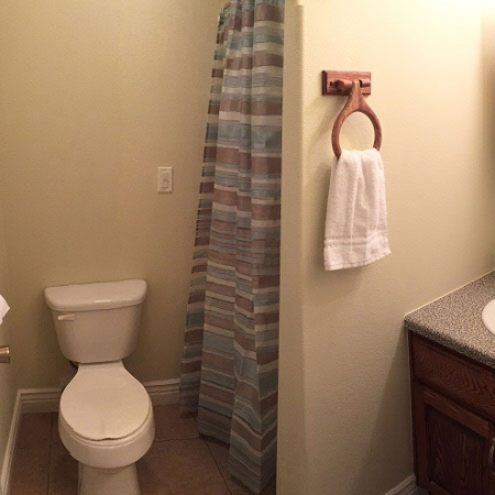 bathroom 750